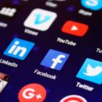 Facebook pone a prueba función que permite descargar y ver videos 'offline'